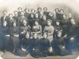 Учителя и гимназистки 23.03.1913г.