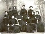 Ученицы 8 класса, 1911 г.